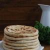 Балкарські хичіни з сиром і зеленню: рецепт приготування
