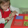 Як зробити бізіборд своїми руками для дітей: майстер-клас