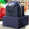 Як упакувати коробку в подарунковий папір? Як красиво упакувати подарунок в папір своїми руками?