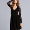 З чим носити плаття з мереживом чорне?