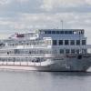 """""""Санкт-Петербург"""" - теплохід підвищеної комфортабельності. Справжній плавучий готель!"""
