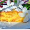 Повітряна шарлотка з яблуками: рецепт приготування