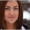Навіщо Вікторія Берникова збільшила груди і зробила ринопластику? Фото до і після операції.