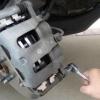 """Заміна гальмівних колодок """"Калини"""" на задніх і передніх колесах"""